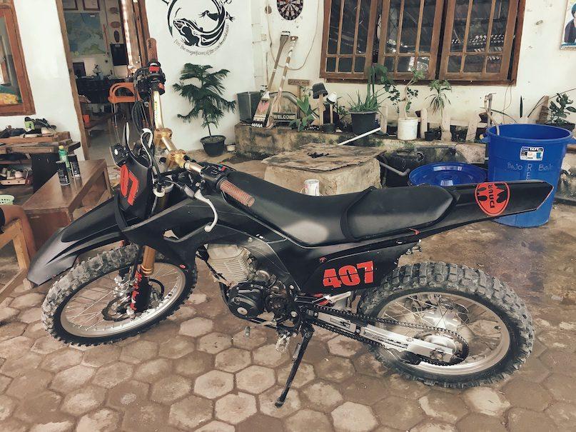 Sewa motor trail labuan bajo, trail rental komodo 2019 2020, dirt bike labuan bajo, where to rental dirt bike in labuan bajo, harga rental motor trail komodo.