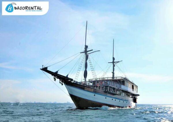 charter phinisi mutiara prasana, harga kapal mutiara prasana, klm mutiara prasana komodo, komodo boat charter, labuan bajo private cruises 2021