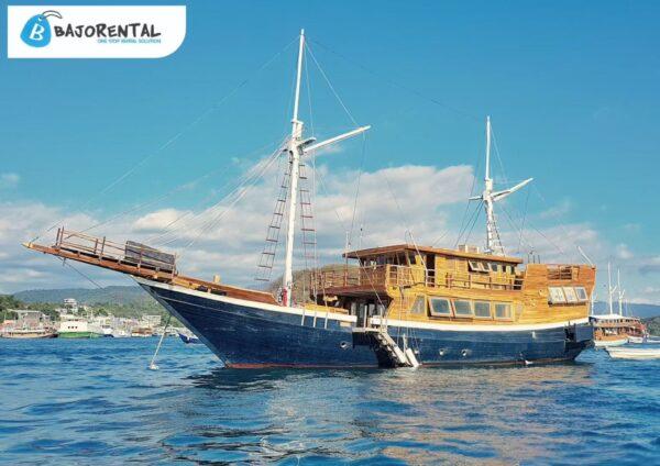 sewa kapal phinisi cordelia, kapal yang disewa bcl, phinisi cordelia liveaboard, komodo boat charter, harga rental phinisi cordelia, private boat komodo